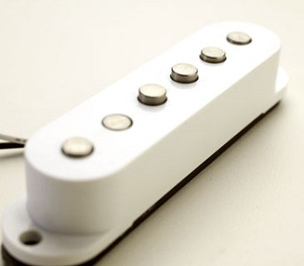 KP - 1960's Repro Overwound Alnico Hot Strat Pickup Set - Kwikplug™ Ready