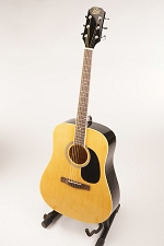 Natural Finish Acoustic Dreadnought Style Guitar Rosewood Fretboard 20 Fret