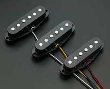 Vintage Strat® Set- Black-Reverse Wound- BLOWOUT!