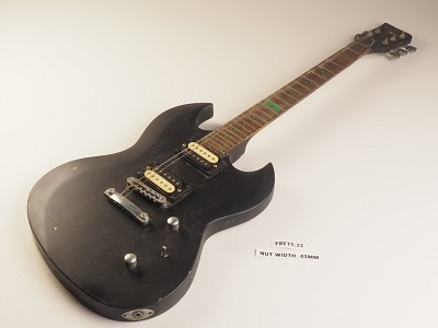Black Offset Poison Style Guitar Rosewood Fret Board 2 Humbucker Pickups 24 Fret As Is Guitar